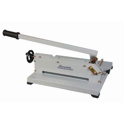 Guilhotina facão semi industrial standard Excentrix corta 150 folhas por vez