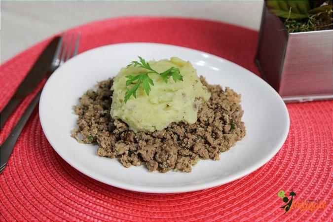 PRE03 - Carne de patinho moída e refogada com Purê de batata doce (200 g)