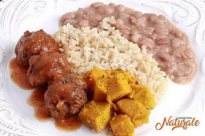AC85 - Almondega ao molho sugo, arroz branco, feijão e abóbora refogada