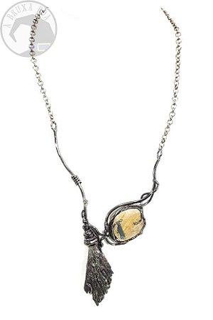 Amuleto - Vassoura de Bruxa com Especularita