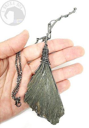 Amuleto Vassoura de Bruxa (G)