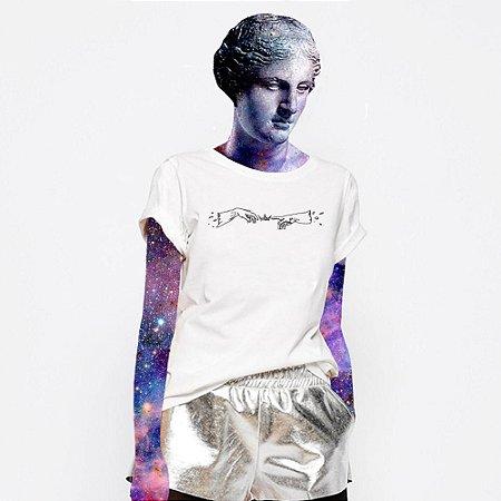 Camiseta Feminina, A criação