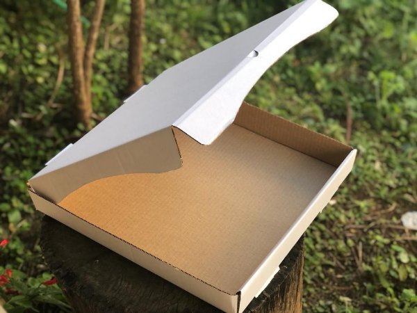 Caixa Branca para Salgados/Doces 35x35x5cm