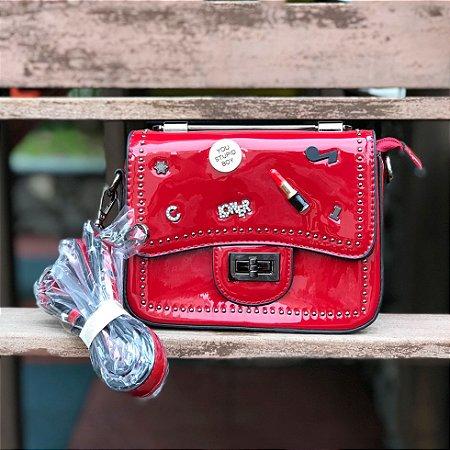Bag vermelha envernizada Loner com alças de metal e couro