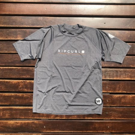 Camiseta Lycra Rip Curl Relaxed - Cinza