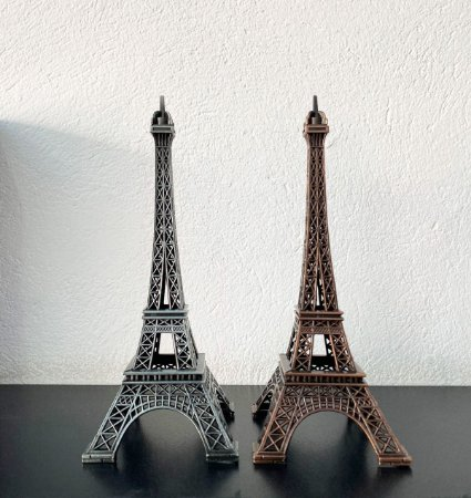 Miniatura Estátua Torre Eiffel 18 cm
