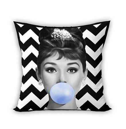 Almofada - Audrey Hepburn Bubble Gum