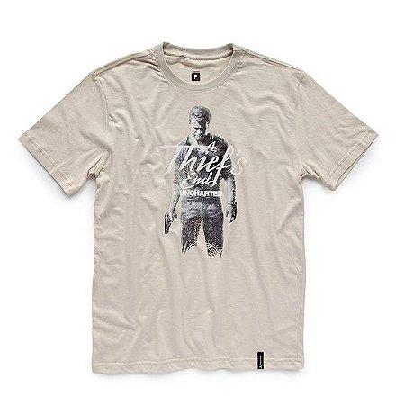 Camiseta Studio Geek Uncharted Drake - Modelo 3