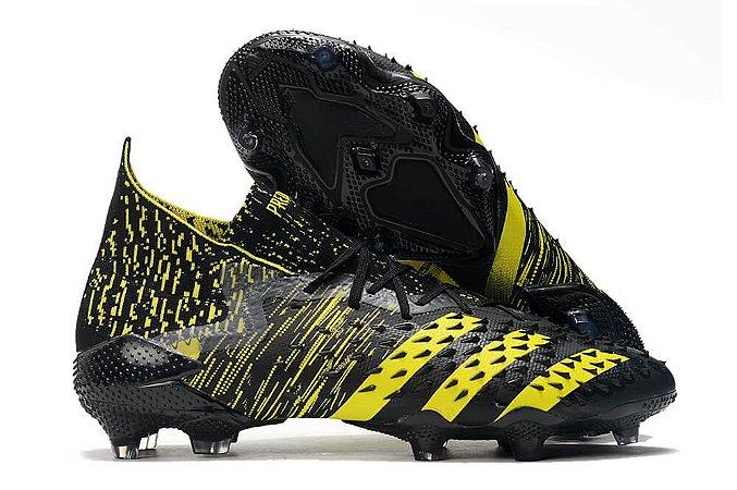 Chuteira Adidas Predator Freak.1 FG Campo