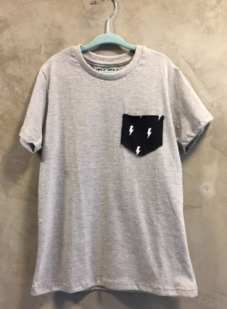 Camiseta Bolso Raio
