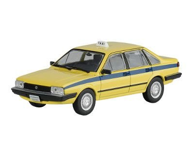 Miniatura Volkswagen Santana-Escala 1/43-volume 04