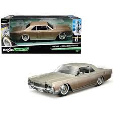 COLECIONAVEL 1966 LINCOLN CONTINENTAL 1/26