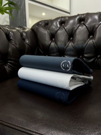 Kit com 3 Camisetas Armani Exchange