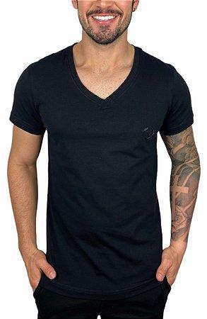 Camiseta VersatiOld Small Logo Gola V Preta