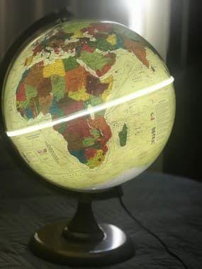 Globo Terrestre History