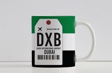 Caneca Aeroporto DXB - Dubai, Emirados Árabes Unidos