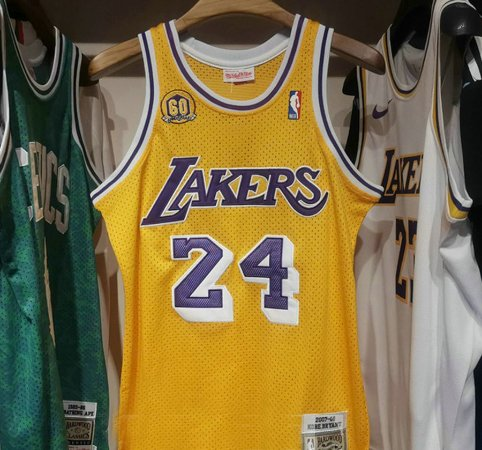 Camisa Los Angeles Lakers - 23 LeBron James - 24  kobe bryant - 32 Magic Johnson - 34 Shaquille O'Neal - 73 Dennis Rodman - 93 Bape - Mitchell & Ness