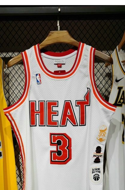Camisa Miami Heat - 3 Dwyane Wade - legancy