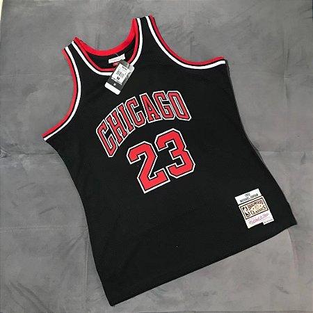 Camisa Chicago Bulls - 23 Michael Jordan - Mitchell & Ness - NÚMEROS ESTAMPADOS