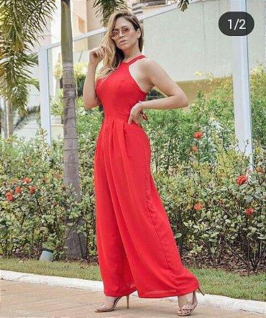 Macacão Feminino modelo Pantalona, Detalhe Cruzado nas Costas. Forrado com bojo
