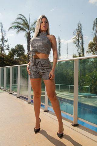 Conjunto Feminino em Lurex, Top Com Bojo + Shorts Cós Alto