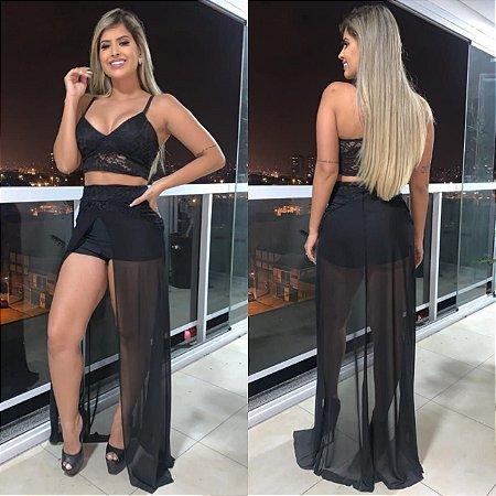 Conjunto Feminino em renda de Top Cropped mais Shorts com Sobresaia em tule Transparente