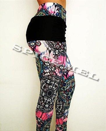Calça Legging de suplex com saia, estampas diversas.