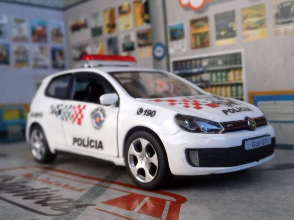 Oferta - miniatura Vw Golf Gti Polícia Militar Pm Sp - Atual