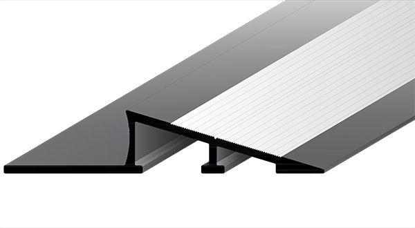 Perfil Rampa em Alumínio de espessura de 11 mm com acabamento natural.