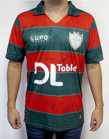 Camiseta da PORTUGUESA autografada pelo time