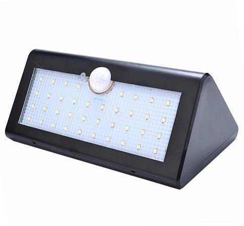Luminaria Solar LED Sensor de Movimento 40 Leds Preta