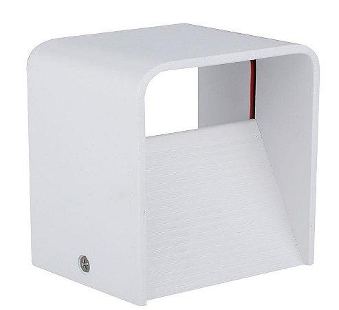 Luminária Arandela LED 5W Cubo Branco Quente