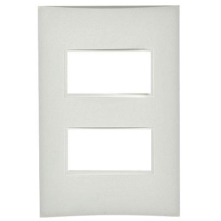 Placa para 1 Interruptor + 1 Tomada Branca