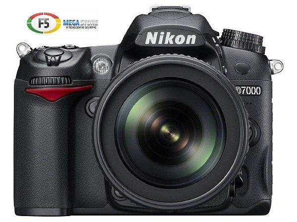 Camera Nikon D7000 Com Lente 18 105mm 16.2 Megapixels Full HD Foco Automatico