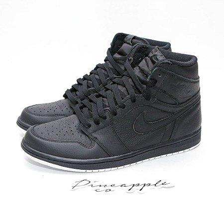 3b54ea2c528 Nike Air Jordan 1 Retro