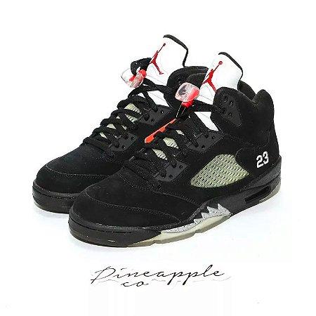 """Nike Air Jordan 5 Retro """"Black Metallic"""" (2011)"""