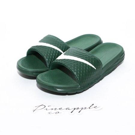 "Nike - Chinelo Benassi Solarsoft ""Green"""