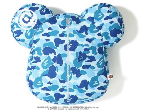 """Bape x Medicom - Travesseiro ABC Camo Bear Cushion """"Blue"""""""