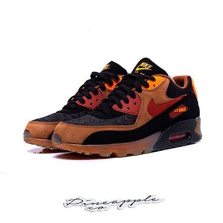 """Nike Air Max 90 """"Halloween"""" (2014)"""