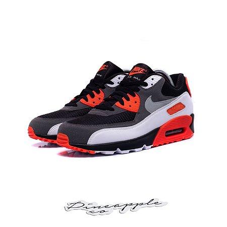 "Nike Air Max 90 ""Infrared Reverse"""