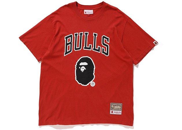 """Bape x Mitchell & Ness - Camiseta Bulls """"Red"""""""