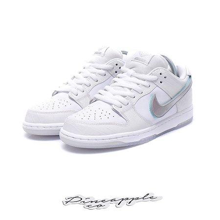 """Nike SB Dunk Low x Diamond Supply Co """"White Diamond"""""""