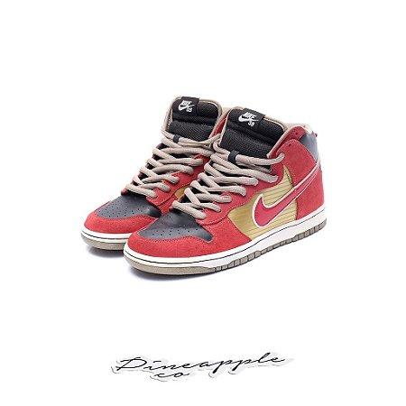 "Nike SB Dunk High ""Tecate"" (2010)"