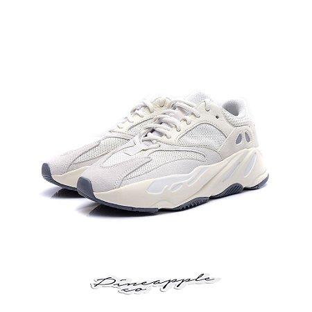"adidas Yeezy Boost 700 ""Analog"" -NOVO-"