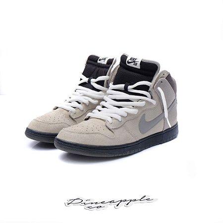 "Nike SB Dunk High x Civil ""Magnet"""