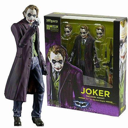 "SHFiguarts - Boneco Joker ""The Dark Knight"""