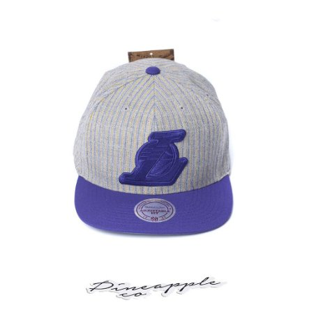 """MITCHELL & NESS - Boné New Suite Lakers """"Grey Heather"""""""