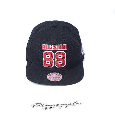 "MITCHELL & NESS - Boné All Star 88 Star ""Black/Red"""