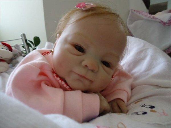 Bebê reborn KIT Côco Malu com cabelinhos enraizados.