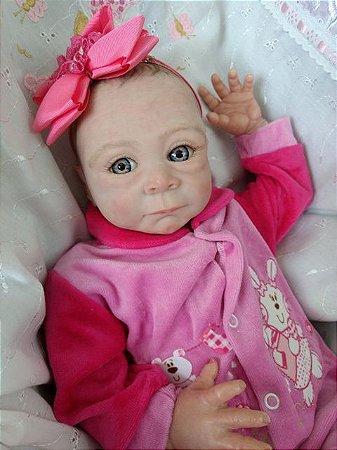 Bebê reborn menina, olhos azuis, cabelos castanhos pintados, kit-molde importado 2,1 kg e 52 cm